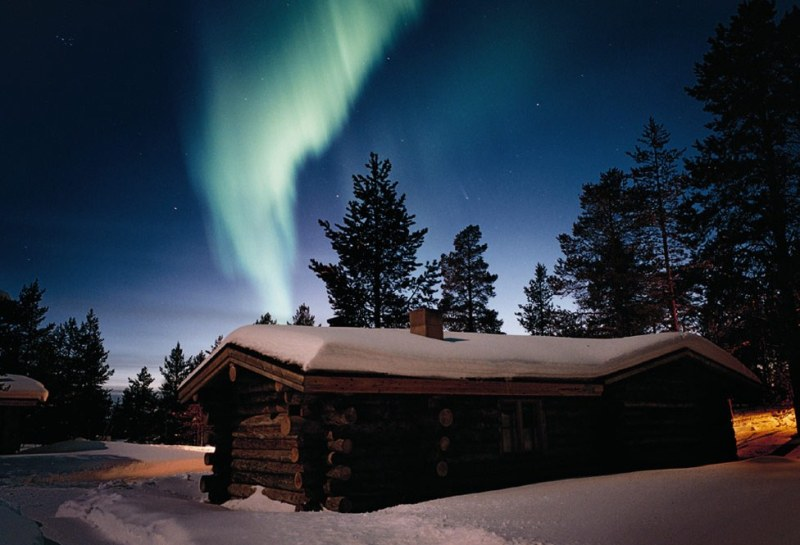 Lapland looks an amazing place to be at Christmas time! I love the idea of going on sleigh rides and playing in the snow and stuff.